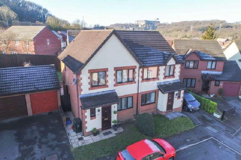 3 Bedrooms Detached House for sale in Blossom Close, Langstone, Newport, Newport. NP18 2LT