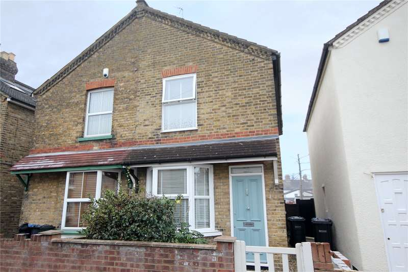 2 Bedrooms Semi Detached House for sale in Hythe Road, Staines-upon-Thames, Surrey, TW18