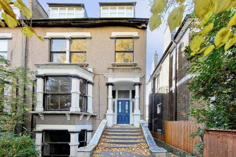 3 Bedrooms Flat for sale in Queens Drive, London N4