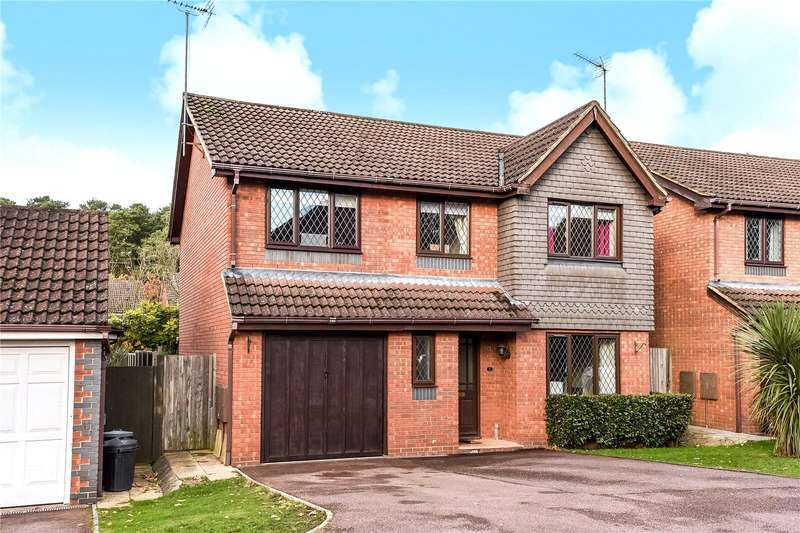 5 Bedrooms Detached House for sale in Carnation Close, Crowthorne, Berkshire, RG45