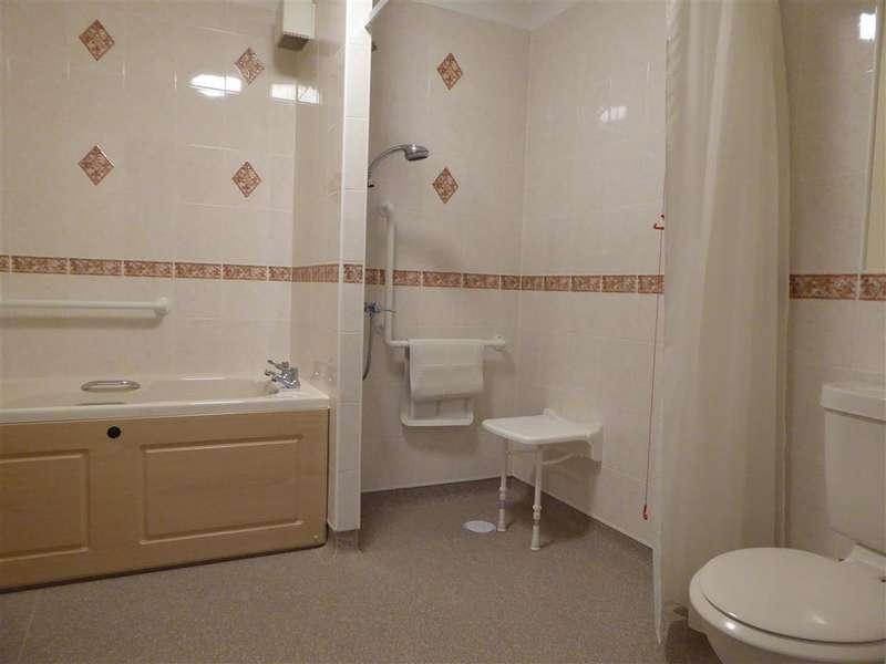 1 Bedroom Flat for sale in Glen View, Gravesend, Kent