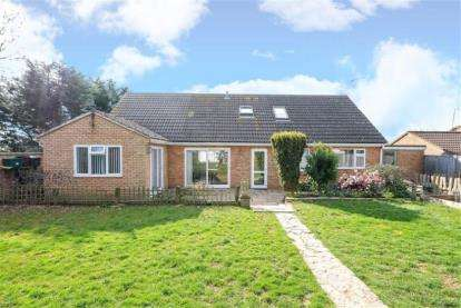 4 Bedrooms Bungalow for sale in Wellington, Somerset