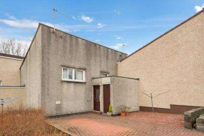 3 Bedrooms Terraced House for sale in Heatherstane Bank, Bourtreehill South, Irvine, North Ayrshire