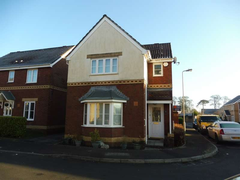 3 Bedrooms Detached House for sale in Fairplace Close, Bridgend