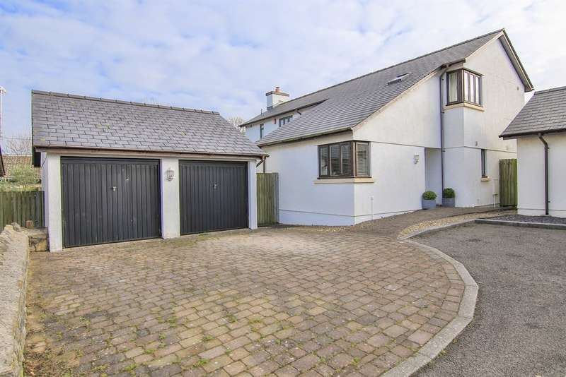 4 Bedrooms Detached House for sale in Cwrt Llanfair, St. Mary Church, Cowbridge