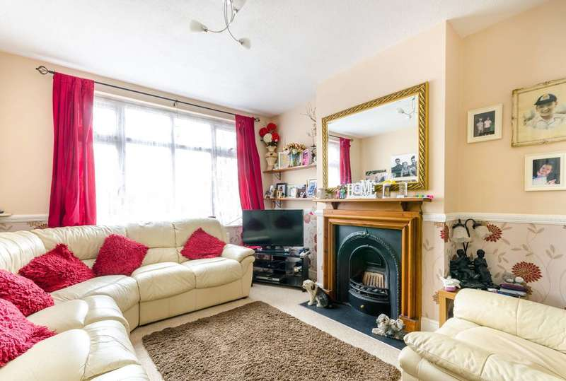 3 Bedrooms House for sale in Ash Tree Way, Shirley, CR0