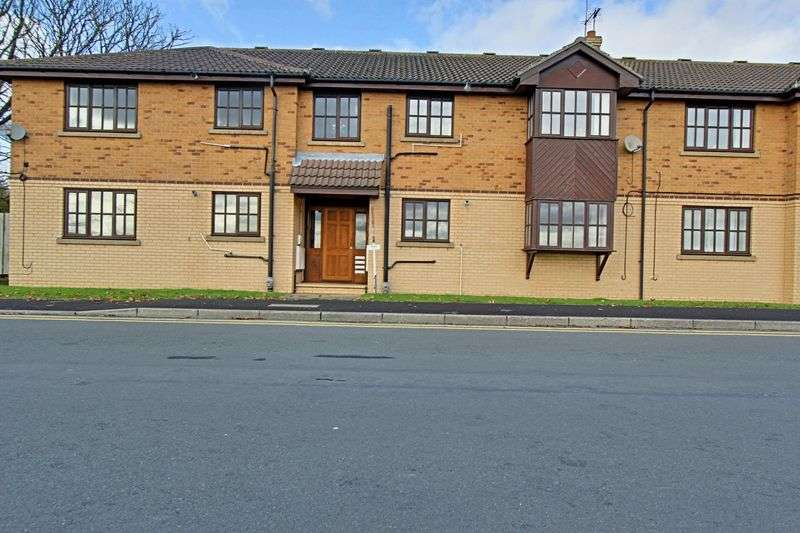 2 Bedrooms Flat for sale in Cliff Road, Hessle