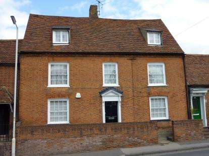 4 Bedrooms Terraced House for sale in Great Baddow, Chelmsford, Essex