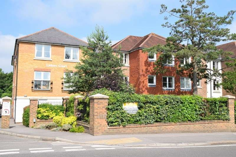 2 Bedrooms Retirement Property for sale in Linters Court, Redhill, RH1 2JN