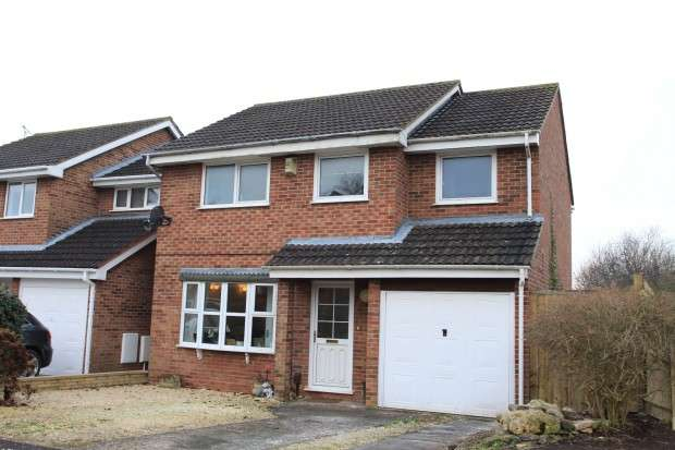 4 Bedrooms Detached House for sale in Noble Avenue, North Common, BS30