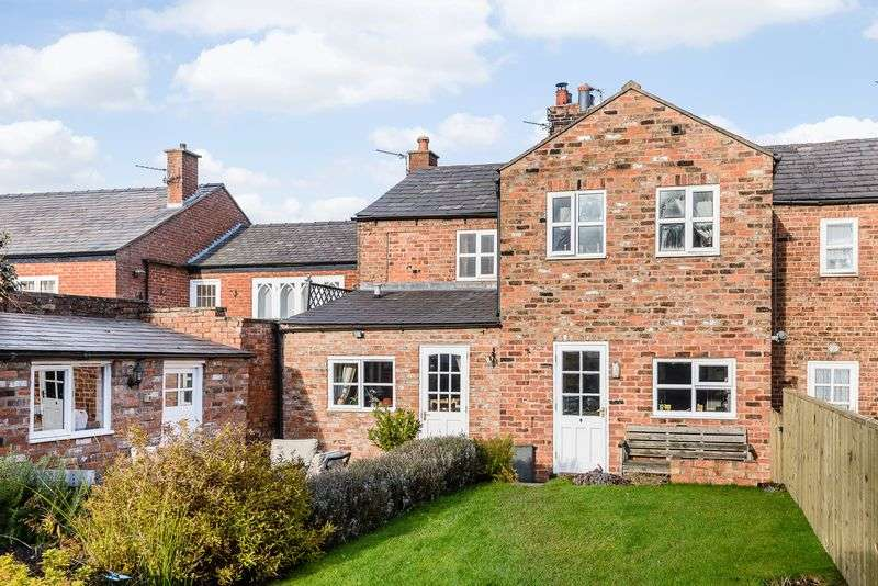 4 Bedrooms Semi Detached House for sale in Forest Road, Tarporley