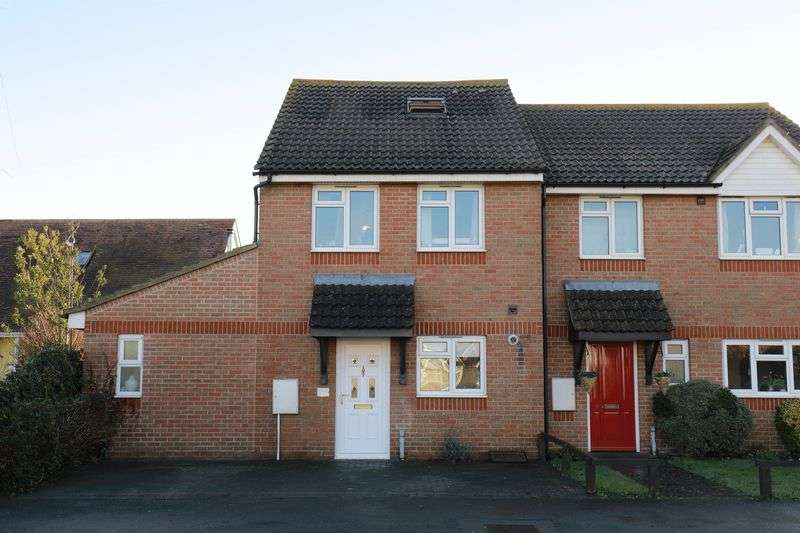 3 Bedrooms Semi Detached House for sale in Rose Green Road, Bognor Regis