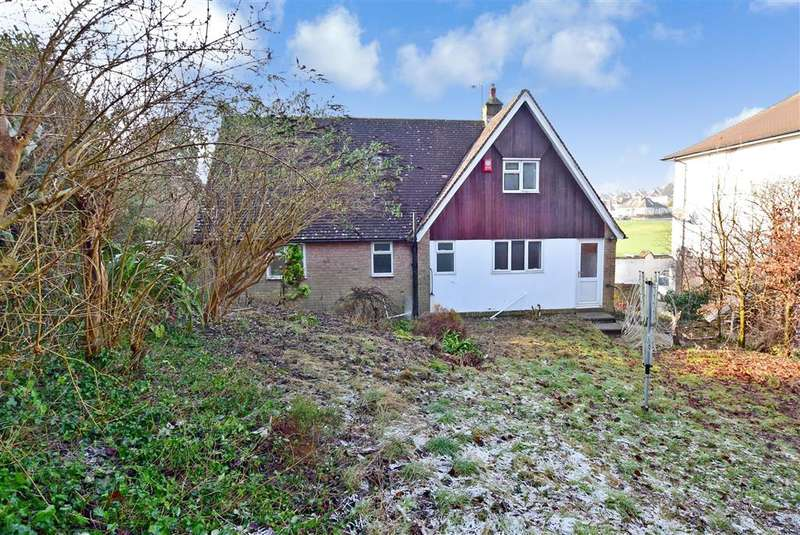 3 Bedrooms Detached House for sale in The Deeside, Patcham, Brighton, East Sussex