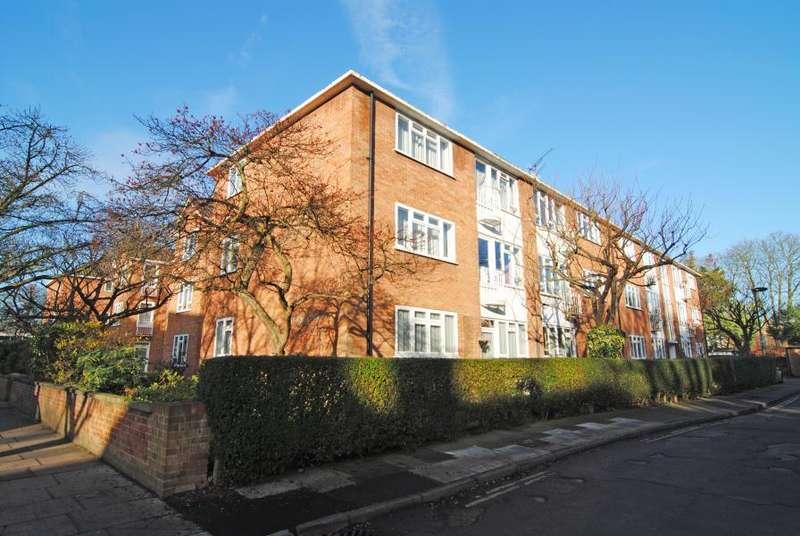 2 Bedrooms Flat for sale in Lichfield Road, Kew