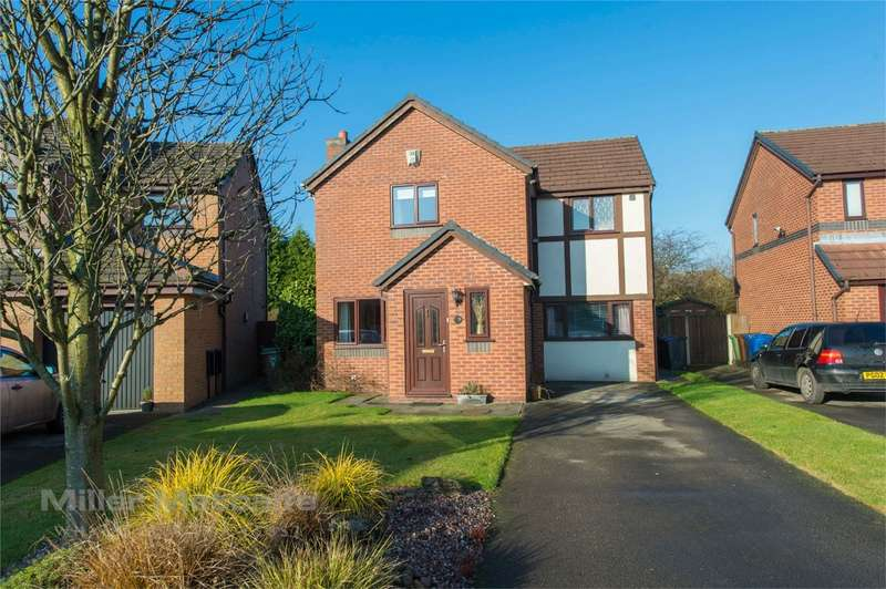 4 Bedrooms Detached House for sale in Bexhill Drive, Leigh, Lancashire
