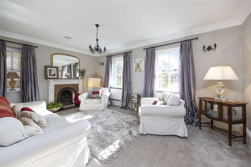 5 Bedrooms Semi Detached House for sale in Ellesmere Place, Walton-on-Thames, Surrey, KT12