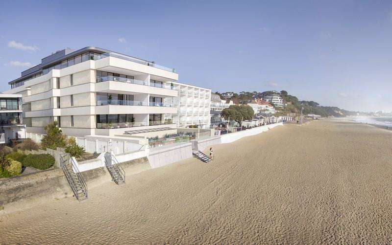 3 Bedrooms Apartment Flat for sale in Sandbanks, Poole, BH13