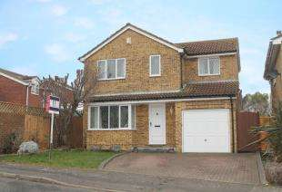 4 Bedrooms Detached House for sale in Filborough Way, Gravesend, Kent