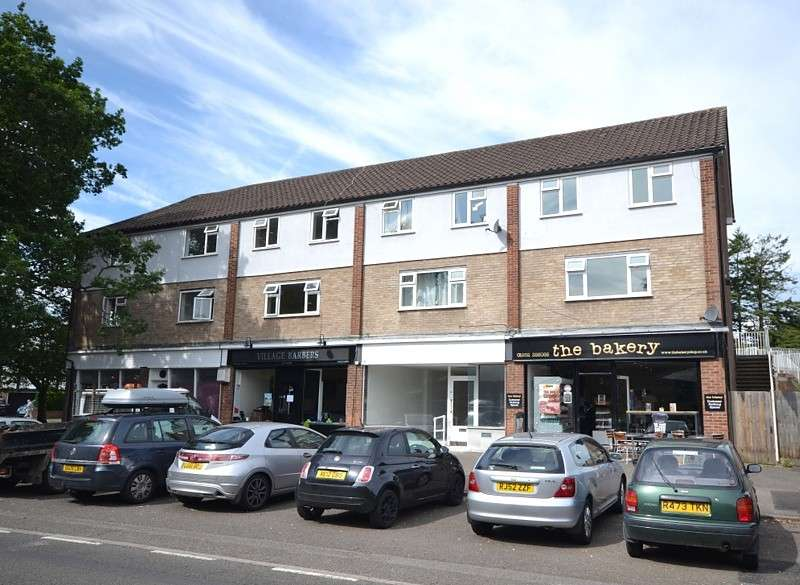 3 Bedrooms Maisonette Flat for sale in Pyrford