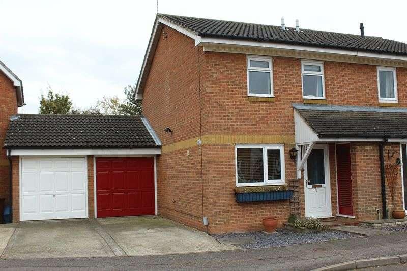 3 Bedrooms Semi Detached House for sale in Rye Gardens, Baldock, SG7