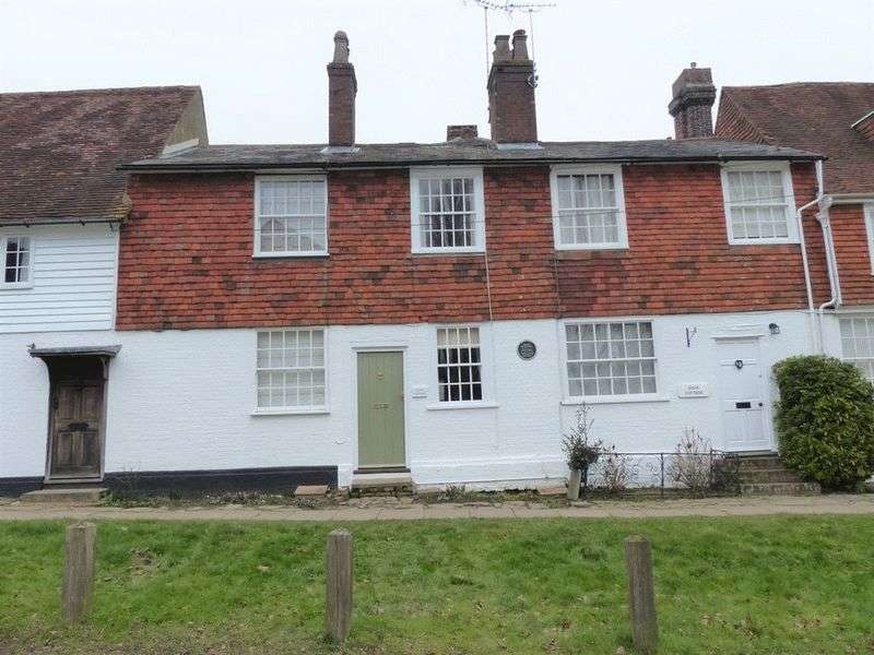 2 Bedrooms Property for sale in The Hill, Cranbrook
