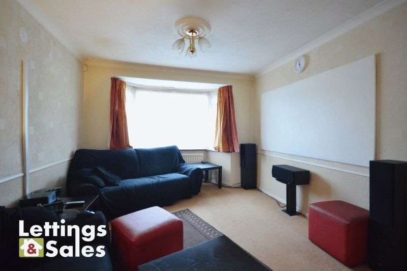 3 Bedrooms Semi Detached House for sale in Eastwood Road, Birmingham