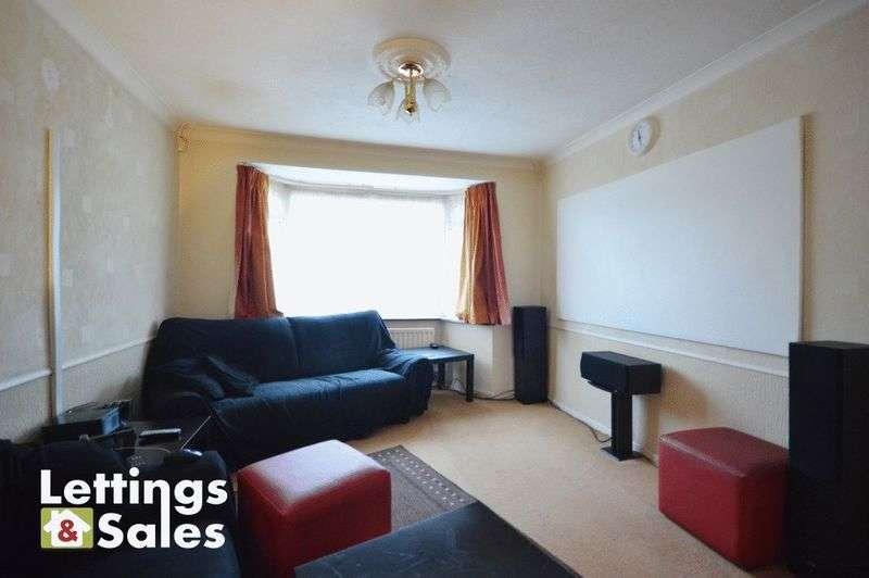 3 Bedrooms Semi Detached House for sale in Eastwood Road, Birmingham