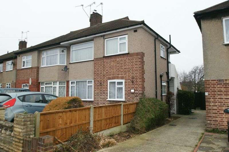 2 Bedrooms Property for sale in Erith Crescent, Collier Row