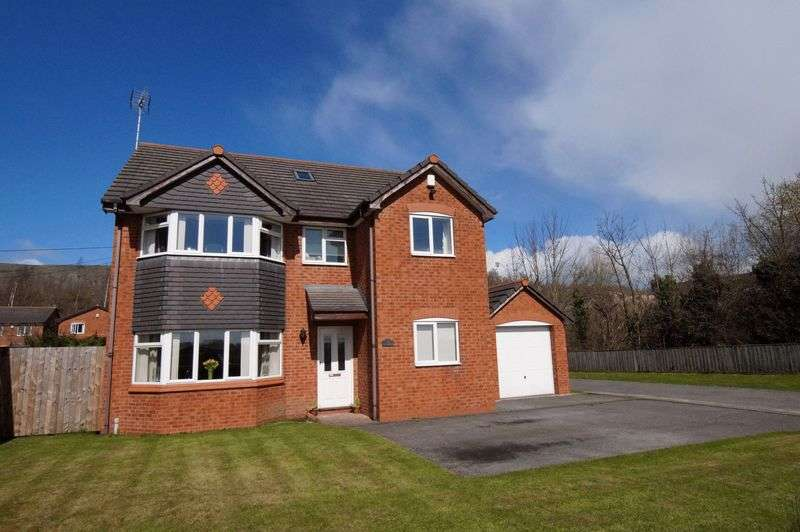4 Bedrooms Detached House for sale in Llay Road, Llay, Wrexham
