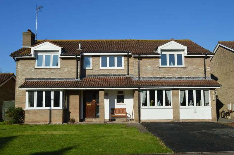 6 Bedrooms Detached House for sale in Thornbury Drive, Uphill