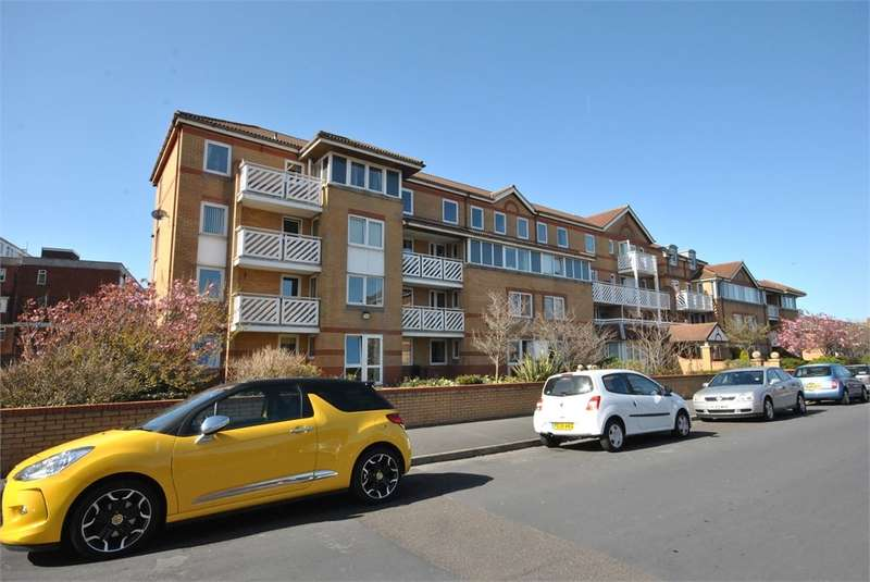 1 Bedroom Apartment Flat for sale in Poplar Court, Kings Road, LYTHAM ST ANNES, FY8