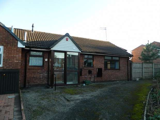 2 Bedrooms Bungalow for sale in Mereview Crescent, Liverpool, L12