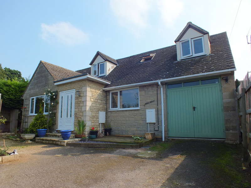 3 Bedrooms Detached House for sale in Eastcombe