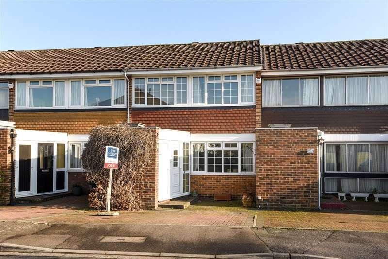 3 Bedrooms Terraced House for sale in Pond Green, Ruislip, Middlesex, HA4