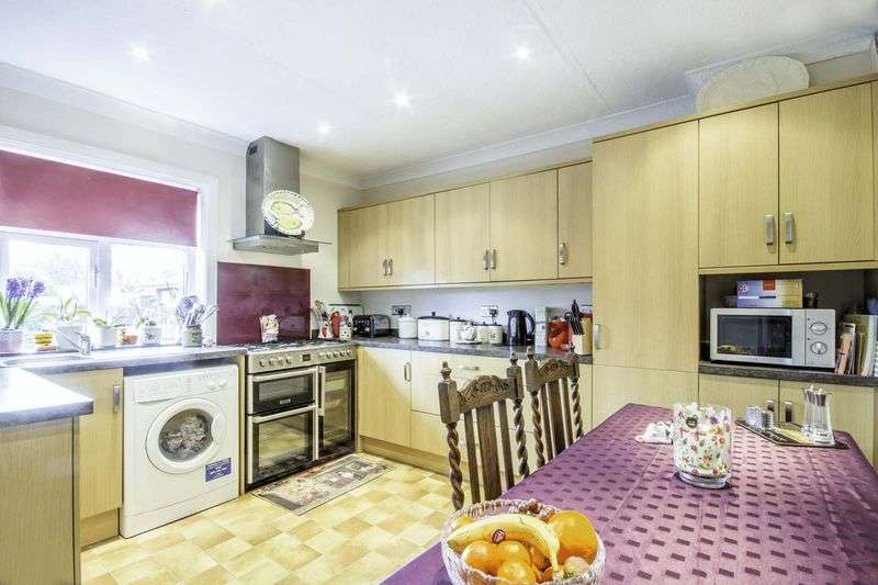 4 Bedrooms House for sale in East Preston