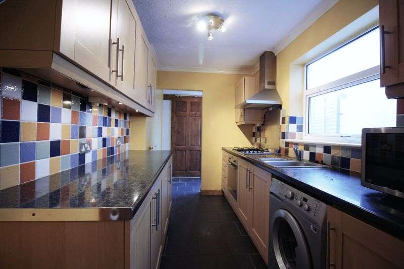 2 Bedrooms Terraced House for sale in Gwent Street, Pontypool