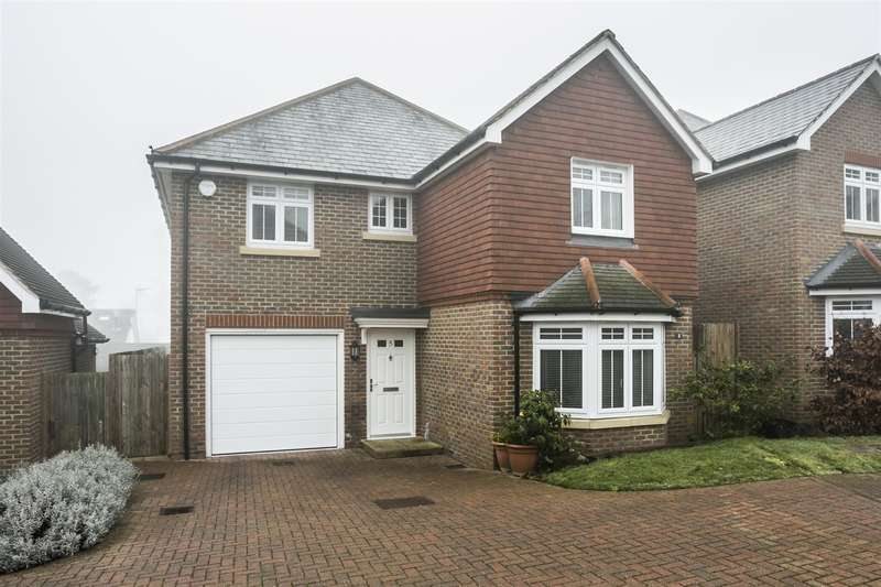 4 Bedrooms Property for sale in Toppesfield Park, Maidstone