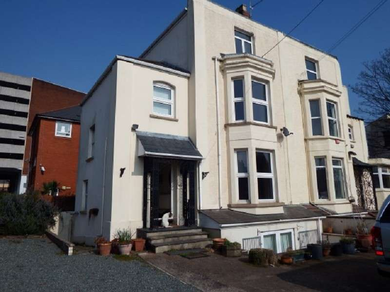 5 Bedrooms Semi Detached House for sale in Palmyra Place, City Centre, Newport. NP20 4EJ
