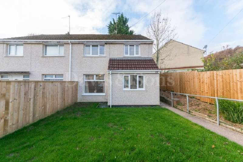 3 Bedrooms Semi Detached House for sale in Medway Road, Bettws, Newport. NP20 7XT