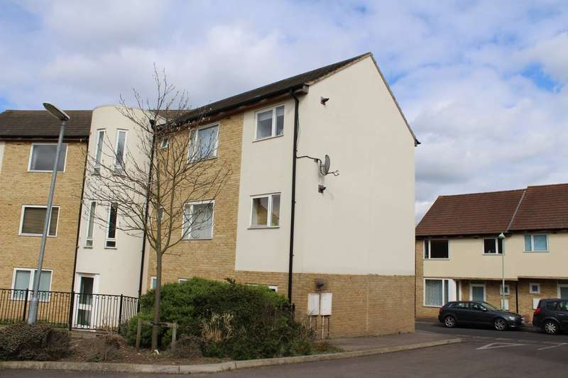 2 Bedrooms Ground Flat for sale in Skeaping Close, Newmarket