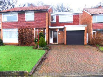 4 Bedrooms Detached House for sale in North Wood, Middlesbrough