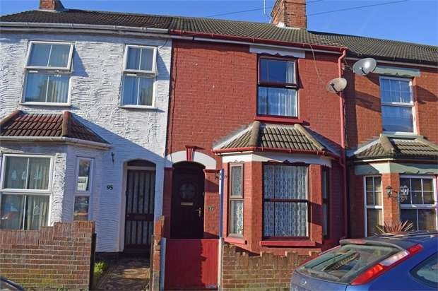 3 Bedrooms Terraced House for sale in Worthing Road, Lowestoft, Suffolk