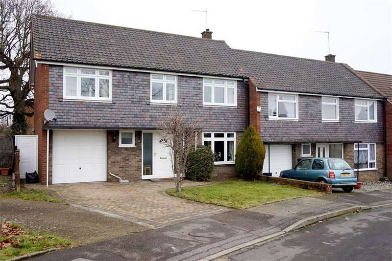 3 Bedrooms Property for sale in Mead Way, Bromley
