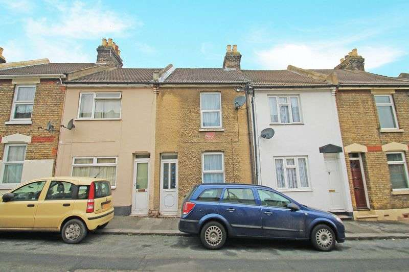 2 Bedrooms Property for sale in Charter Street, Chatham