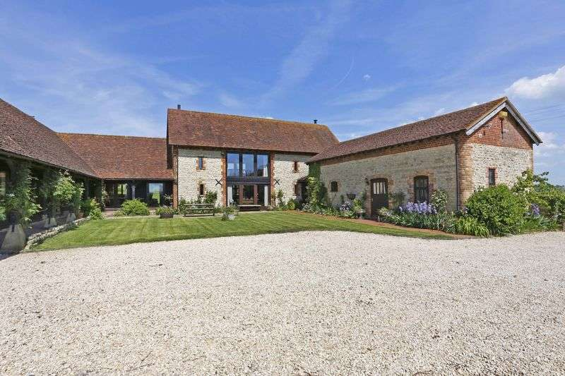 6 Bedrooms Detached House for sale in Chearsley Road, Aylesbury