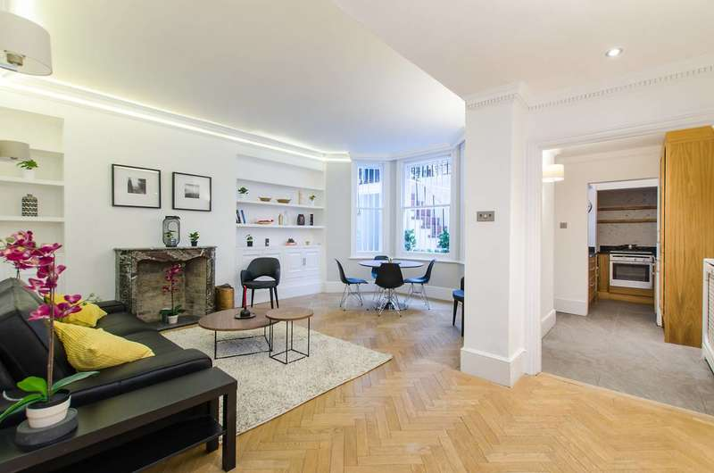 2 Bedrooms Flat for sale in Rosary Gardens, South Kensington, SW7
