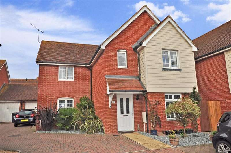 4 Bedrooms Detached House for sale in Wallis Court, Herne Bay, Kent