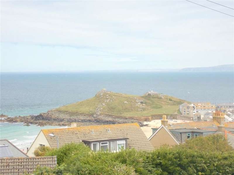 2 Bedrooms Flat for sale in Carthew Terrace, St Ives, Cornwall