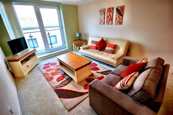 2 Bedrooms Apartment Flat for rent in Central Location, Brighton