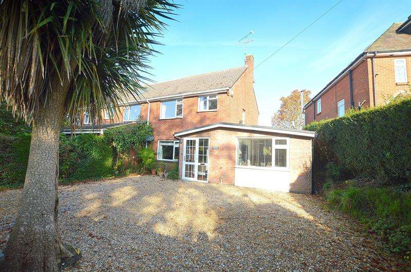 3 Bedrooms Semi Detached House for sale in Burts Hill, Wimborne